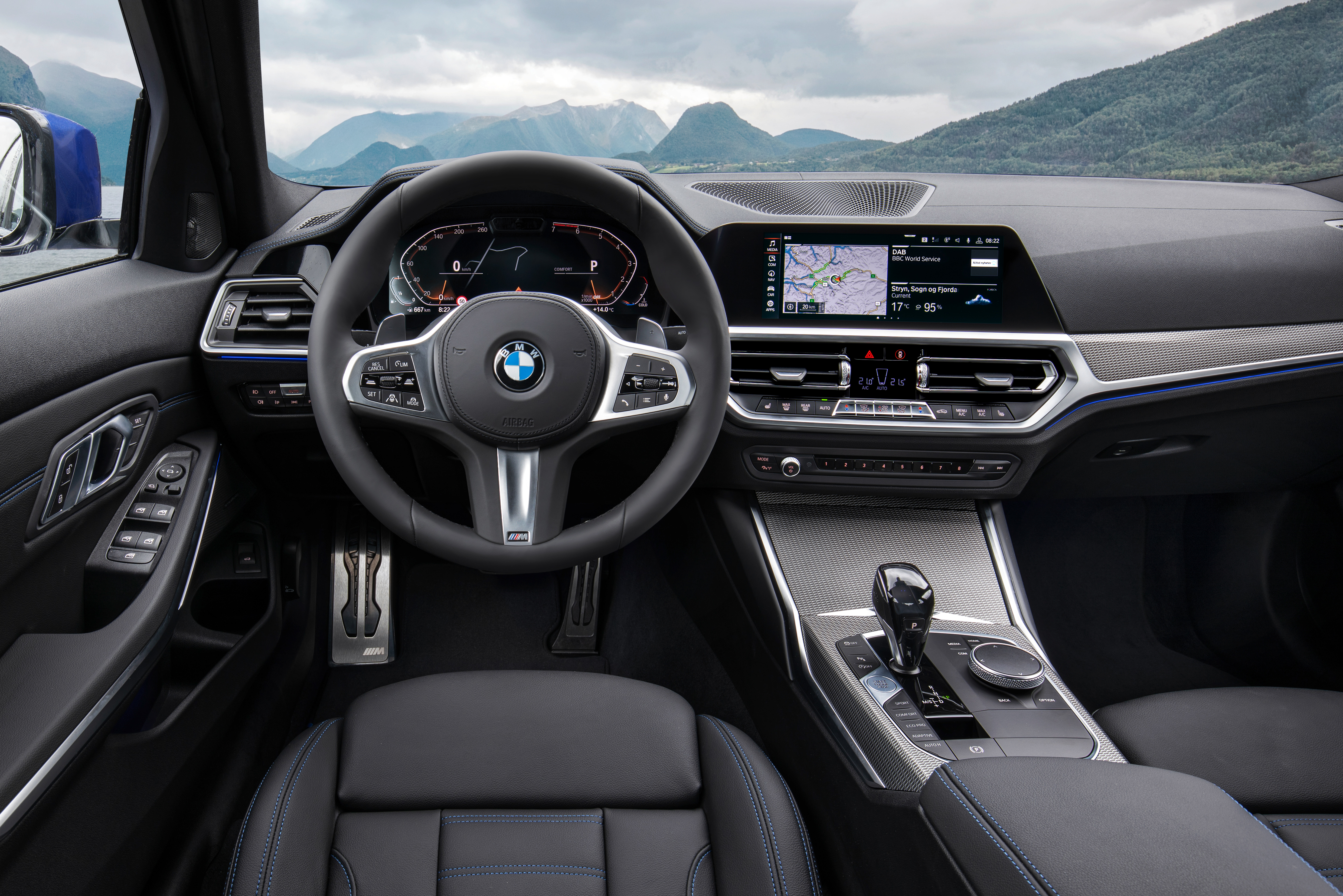 2019 BMW 3 Series interior