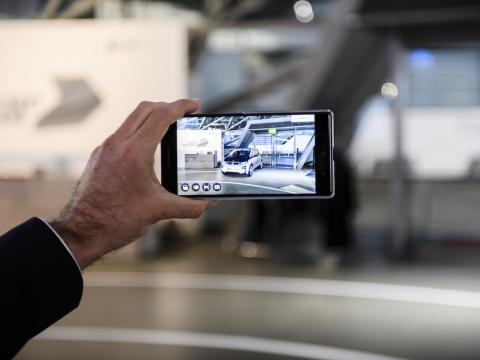 BMW experiments with augmented reality technology