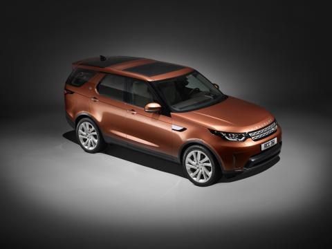 Fifth-generation 2017 Land Rover Discovery full of surprises
