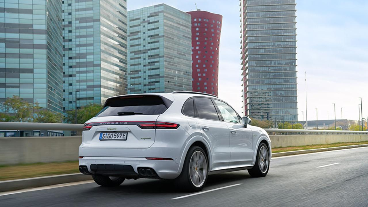 All New 2019 Porsche Cayenne S E Hybrid