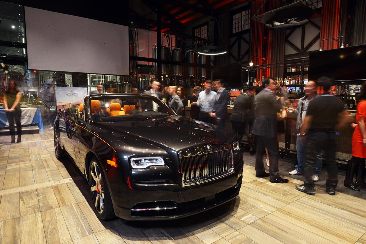 2016 Rolls-Royce Dawn Unveil