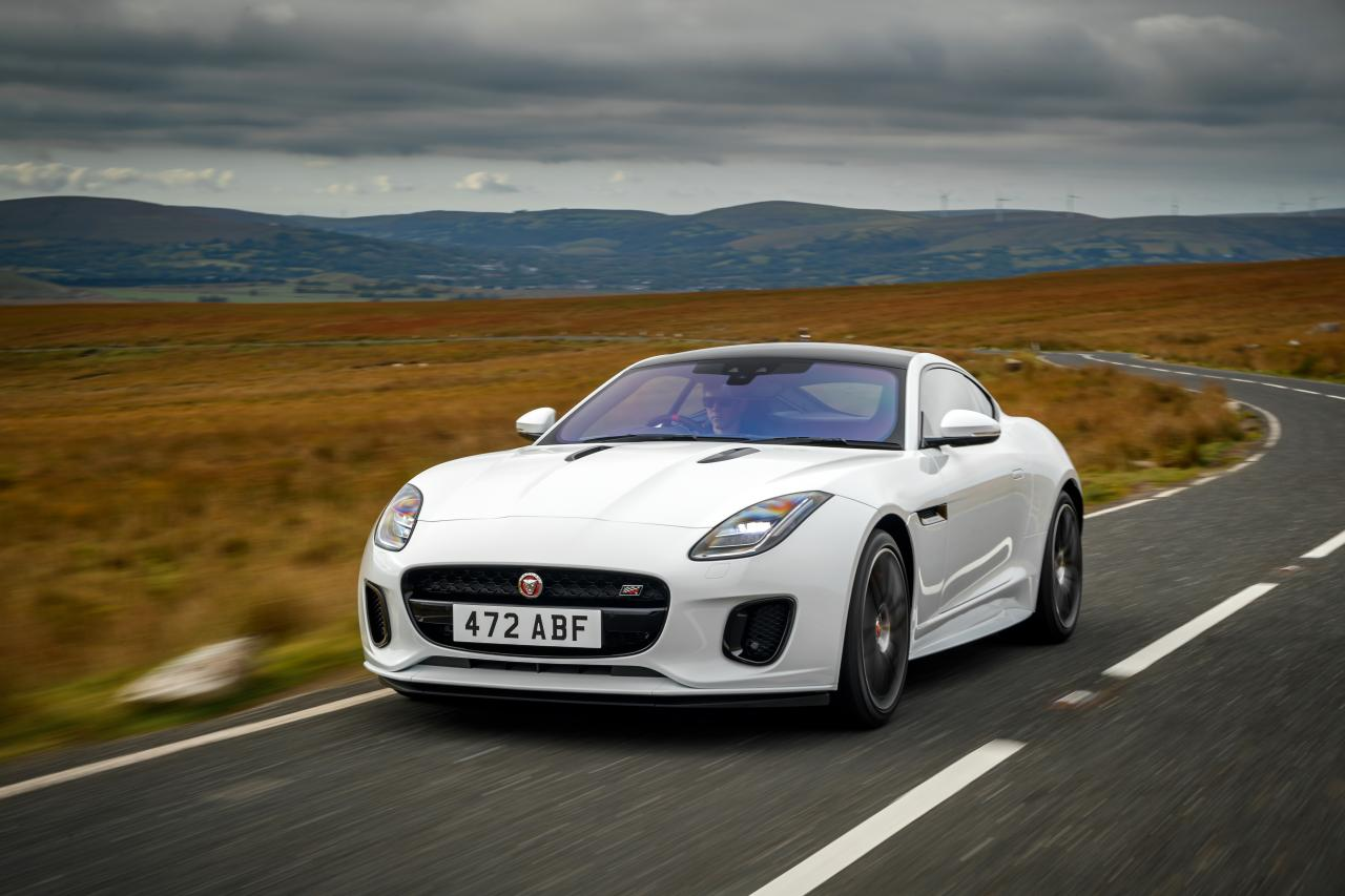 2020 jaguar f-type chequered flag edition front