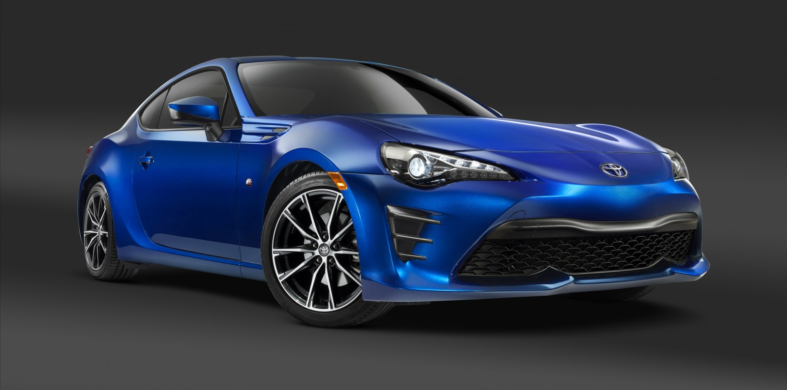 2017 Toyota 86 front angle