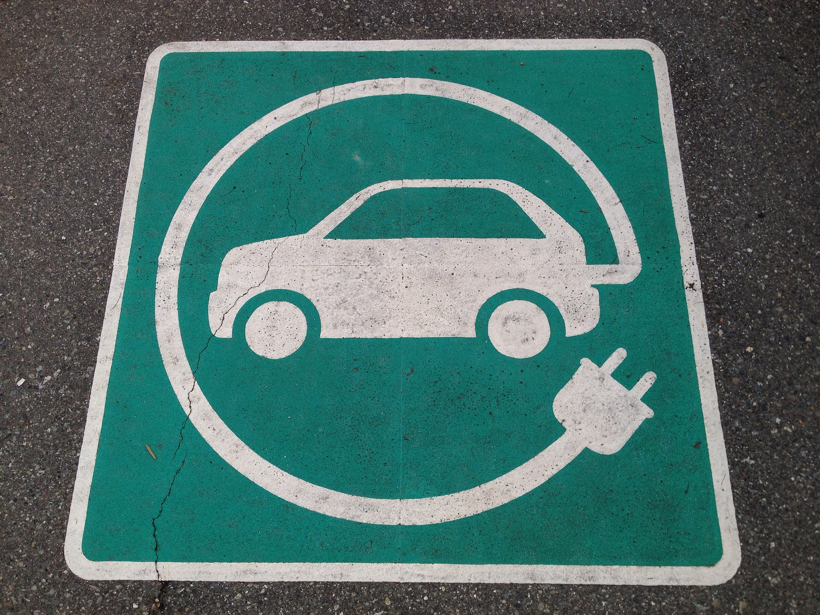 electric_vehicle_sign