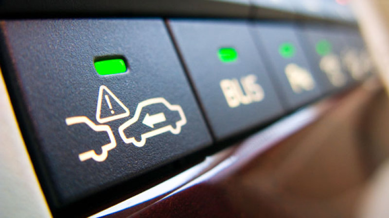 Four accident avoidance technology systems in modern cars ...