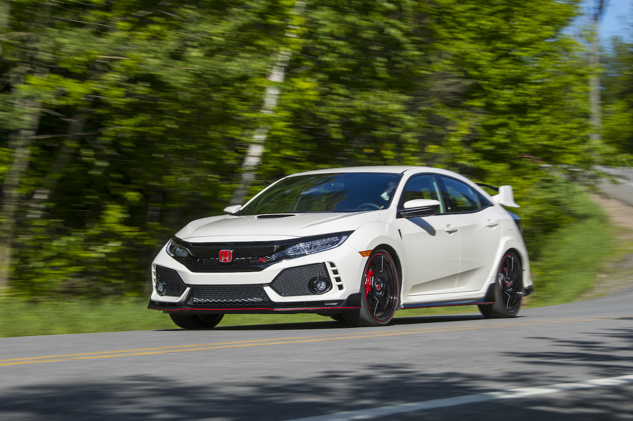 2017 Honda Civic Type R three quarter