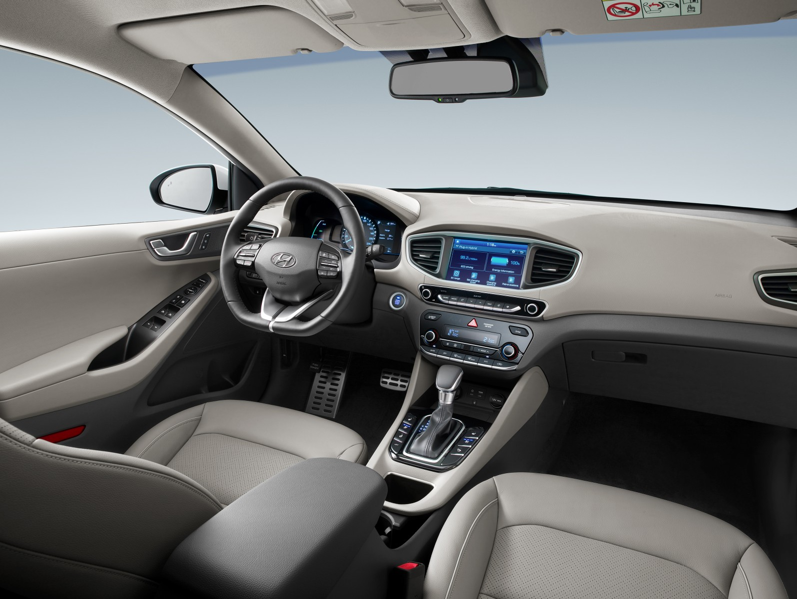 Hyundai Ioniq plug-in interior
