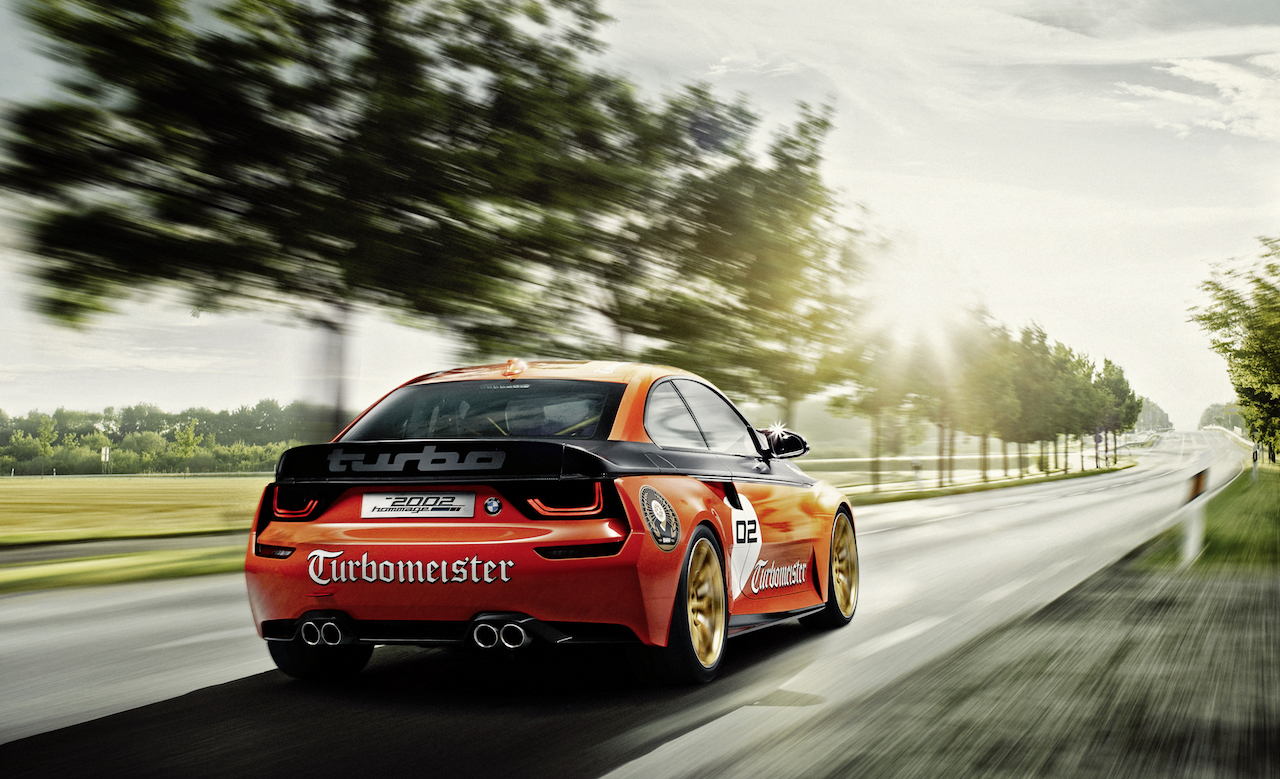 BMW 2002 Hommage driving