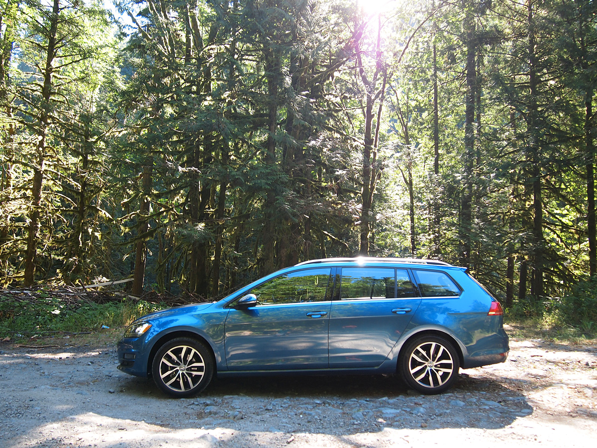 ajac_testfest_2016_vw_golf_sportwagon