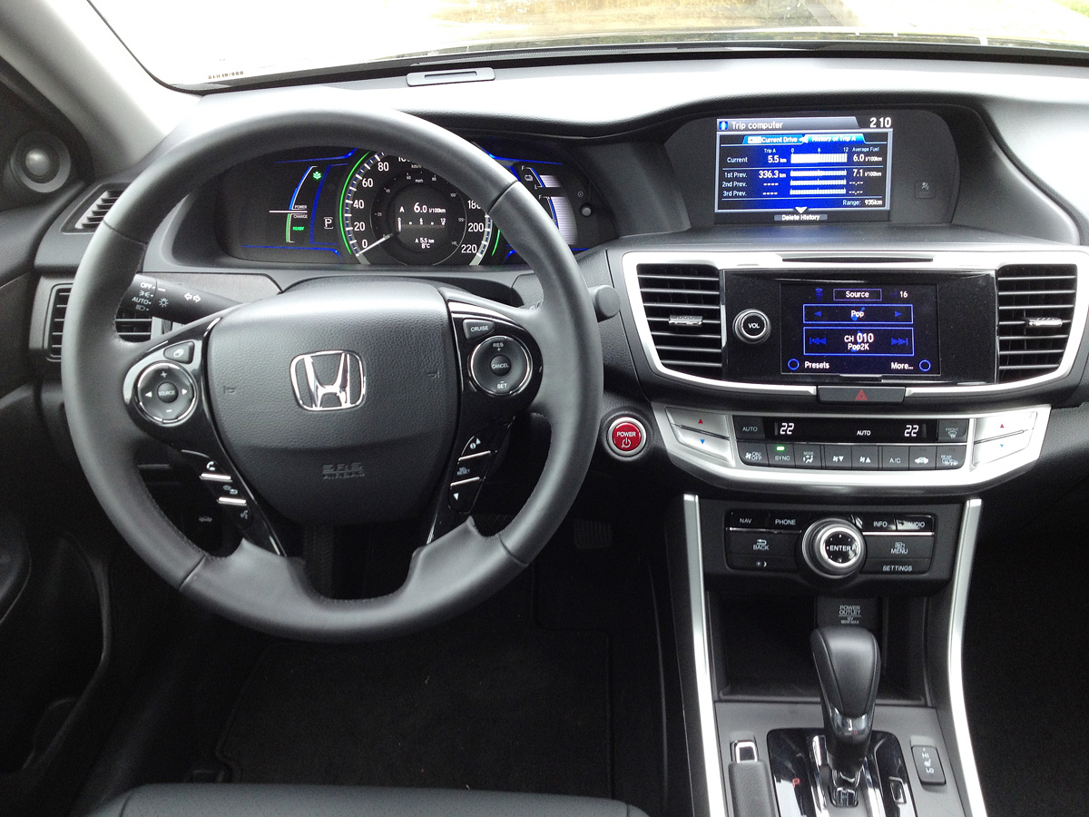 2014 Honda Accord Hybrid interior