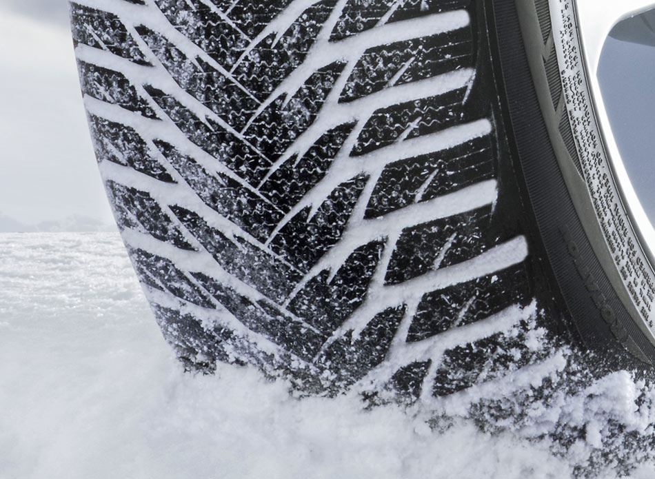 5 reasons why treating your winter tires as all seasons is dangerous openroad auto group. Black Bedroom Furniture Sets. Home Design Ideas