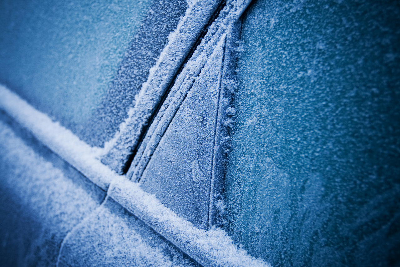 Vehicle window defrosting tips openroad auto group for Best windows for cold climates